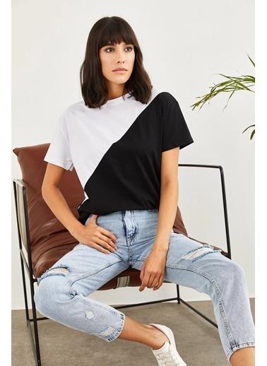 Sortee Kadın Asimetrik Parçalı T-Shirt Siyah